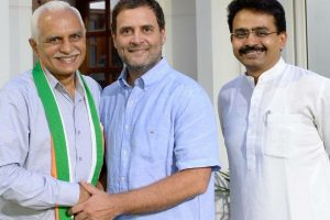Former Gujarat BJP MLA Kanu Kalsariya joins Congress