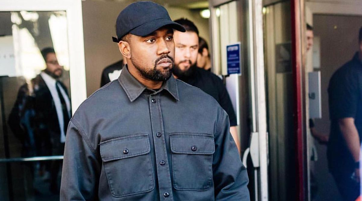 Kanye West caught 'stealing' jewellery from fashion show