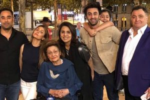 FamJam birthday for Neetu Kapoor in Paris | Check pics