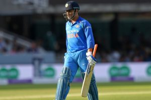 Virat Kohli defends MS Dhoni after he gets booed by Indian fans at Lord's