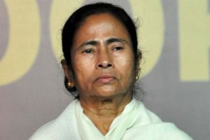 Mamata Banerjee meets LK Advani, Kirti Azad, Congress leaders in Parliament