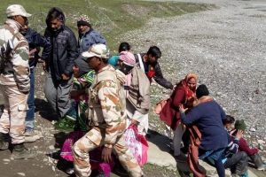 IAF summoned to rescue stranded pilgrims in helicopters