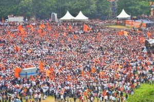 Maratha quota stir: Protesters disrupt road traffic in some parts of Maharashtra