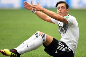 Mesut Ozil issues extraordinary statement confirming international retirement, slams DFB, German media