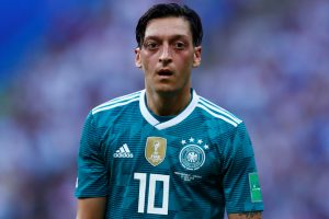 Revealed: Why Mesut Ozil will don No.10 jersey at Arsenal