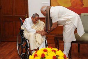PM Narendra Modi mourns spiritual leader Dada Vaswani's demise