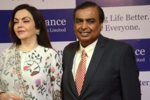 Reliance to take on global e-commerce platforms