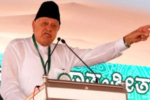 Farooq Abdullah accuses Mehbooba of shedding crocodile tears