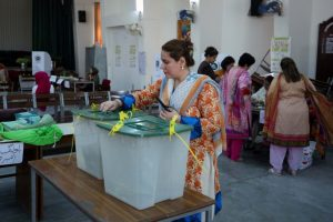 Women in parts of Pakistan vote for first time since Independence