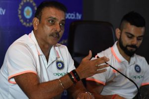 Twitterati rip apart Ravi Shastri after he questions performance of 'past greats'