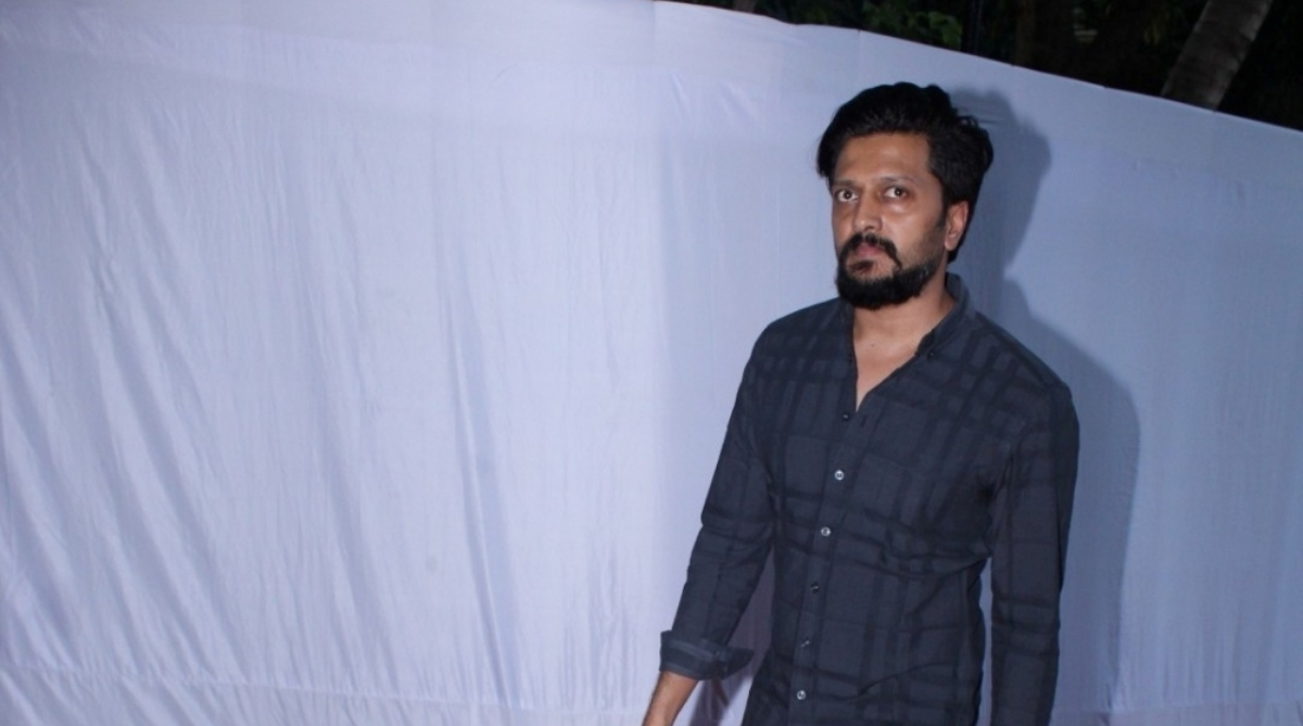 BJP MP slams Riteish for clicking photos near Shivaji statue
