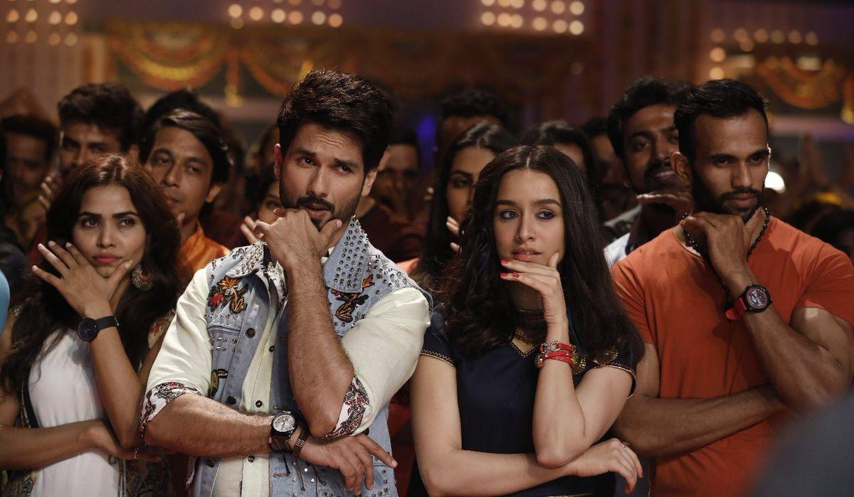 Shahid Kapoor, Shraddha Kapoor still from Batti Gul Meter Chalu