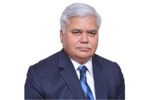 Apps should collect minimal data like Aadhaar, says TRAI chief RS Sharma