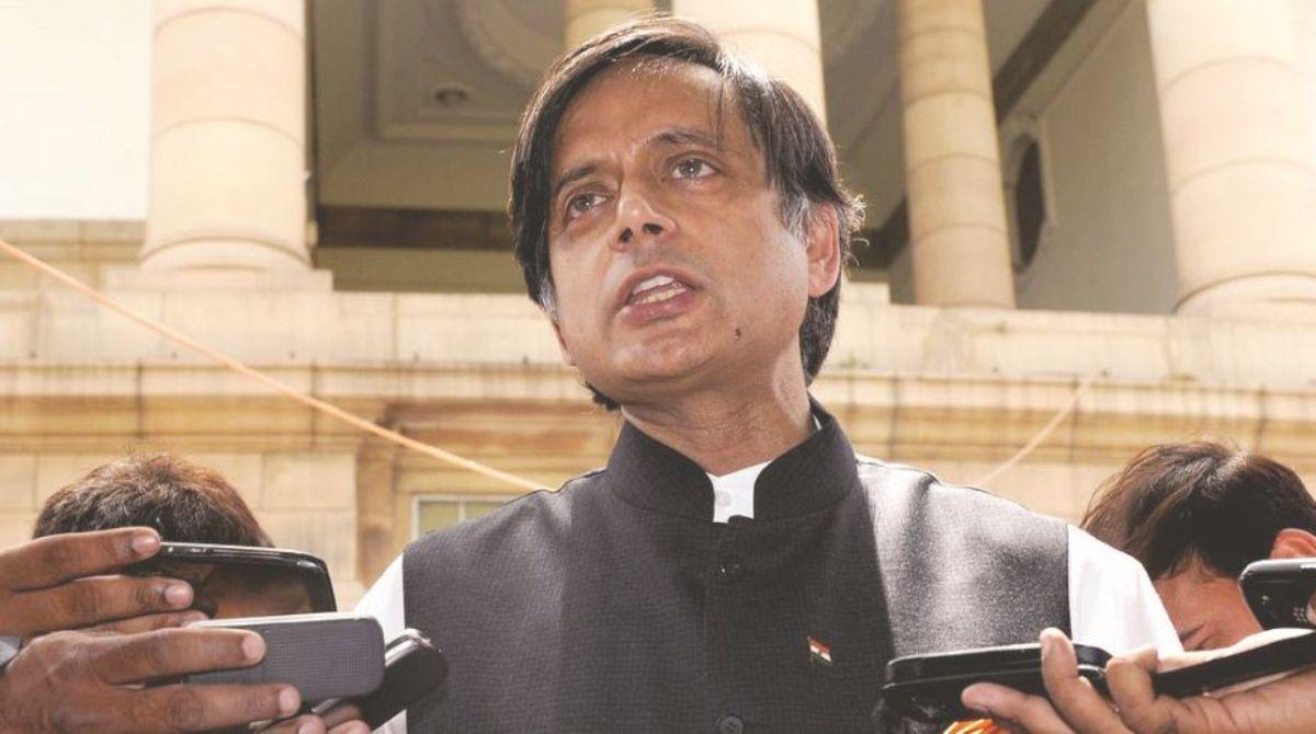 Shashi Tharoor, Hindu-Pakistan