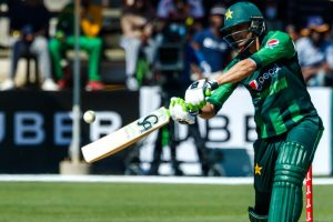 Shoaib Malik edges past Kohli, Rohit to become first Asian to score 2000 T20I runs
