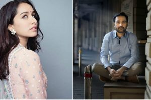 Shraddha Kapoor bonds with Pankaj Tripathi on sets of Stree