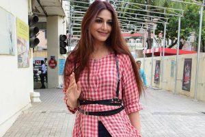 Wishes and prayers pour in for Sonali Bendre
