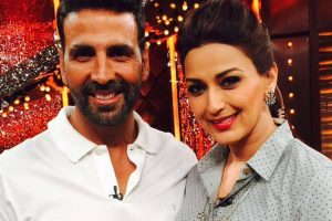 Akshay Kumar visits Sonali Bendre after she breaks news of her cancer