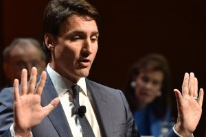 Justin Trudeau again defends himself against groping allegation