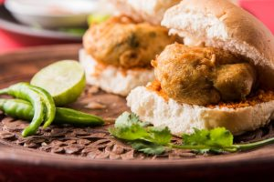 Food for rainy season – Vada Pav