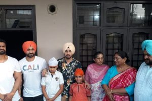 Soorma: Diljit Dosanjh receives special gift from Sandeep Singh's father