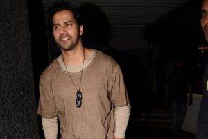 Varun Dhawan meets 'real life hero'