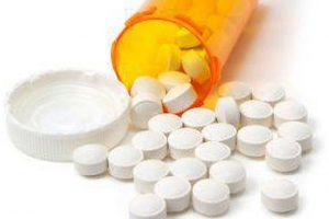 Mumbai schoolgirl dies, 30 taken ill after taking medicines