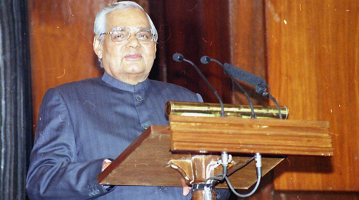 Atal Bihari Vajpayee, Atal Bihari Vajpayee Dead, Kargil War, Agra Summit 2001, Pokhran II, Indian Airlines plane hijack, L K Advani, BJP