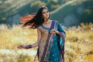 Raksha Bandhan 2018 | Rock the festival with ethnic look
