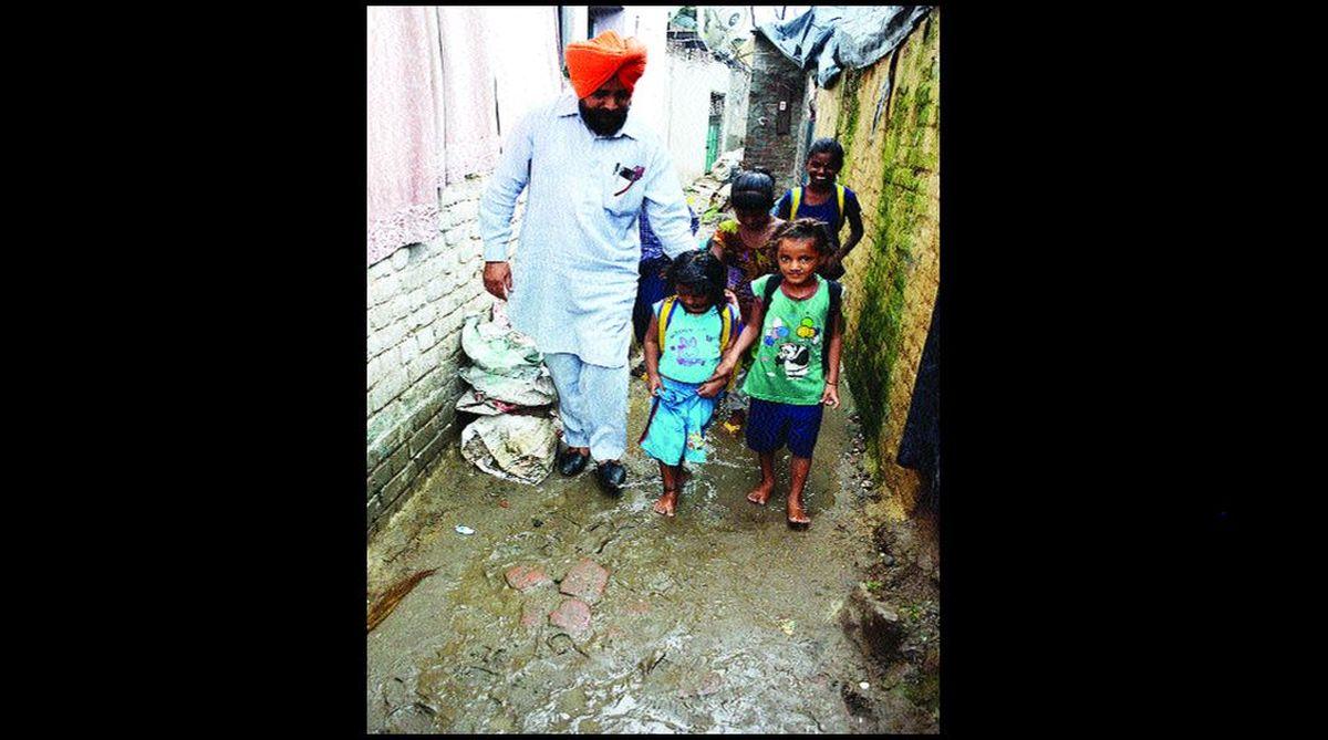 slum children, Tafazalpura slum, Amarinder Singh, Santa,Bhan Singh Jassi,Guru Nanak Dev Charitable Slum Society