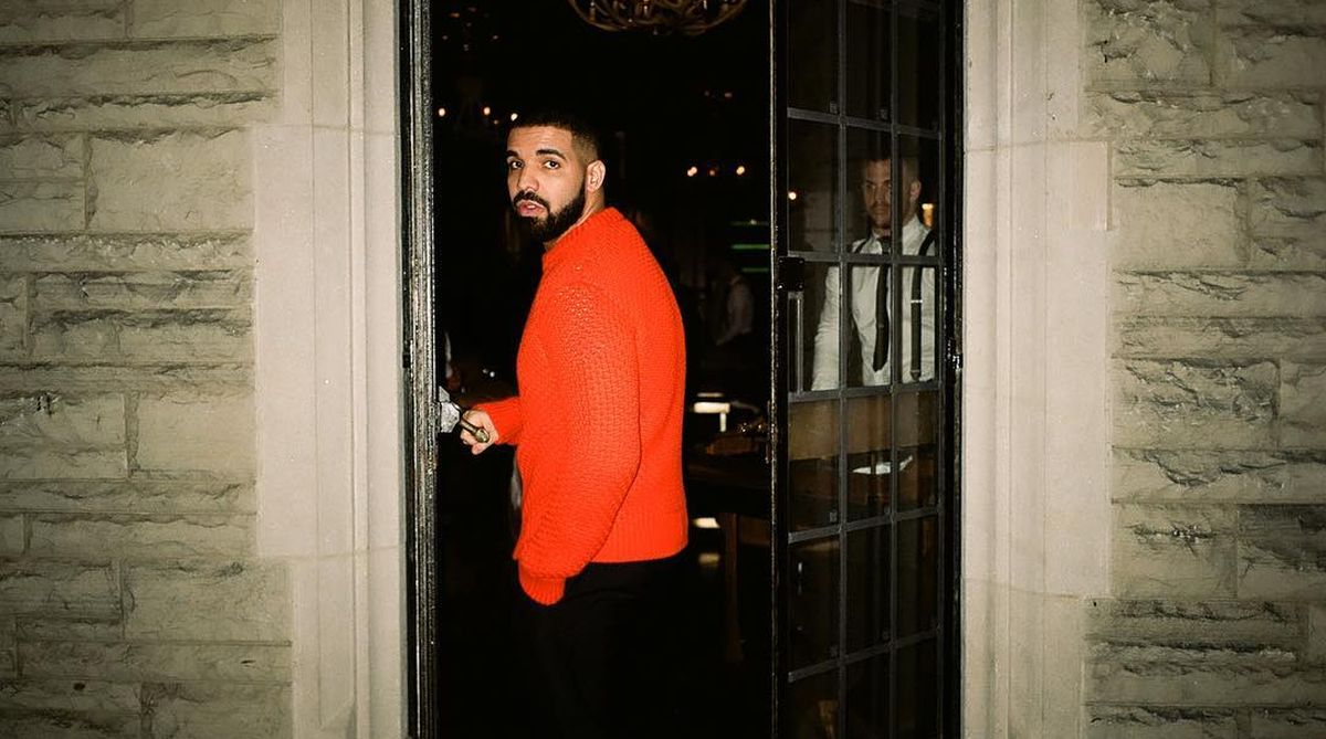 Drake under fire for kissing a minor