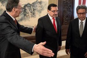 El Salvador dumps Taiwan, establishes ties with China
