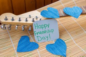 Gift Ideas: What's your pick this Friendship day