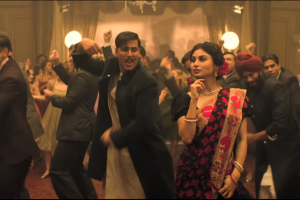 Gold: Akshay Kumar and Mouni Roy's 'Monobina' will jazz up your playlist