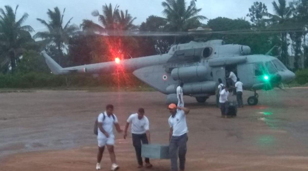 Kerala relief operation, IAF helicopters, IAF planes, Kerala floods