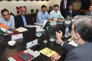 India, Pakistan begin water talks