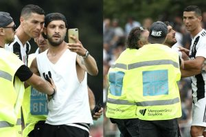 Watch: CR7's debut match abandoned as Juventus fans invade the ground