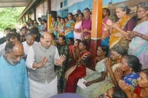 Kerala rains | Situation very serious, says Rajnath Singh, releases Rs 100 crore 'advance'
