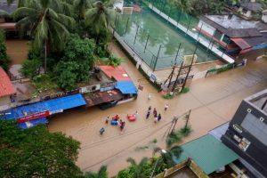 Kerala flood situation worsens as heavy rains continue; toll 79, transport severely hit