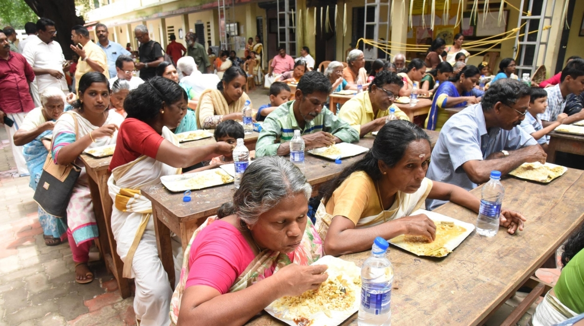 Onam, Relief camp, Kerala floods, monsoon rains