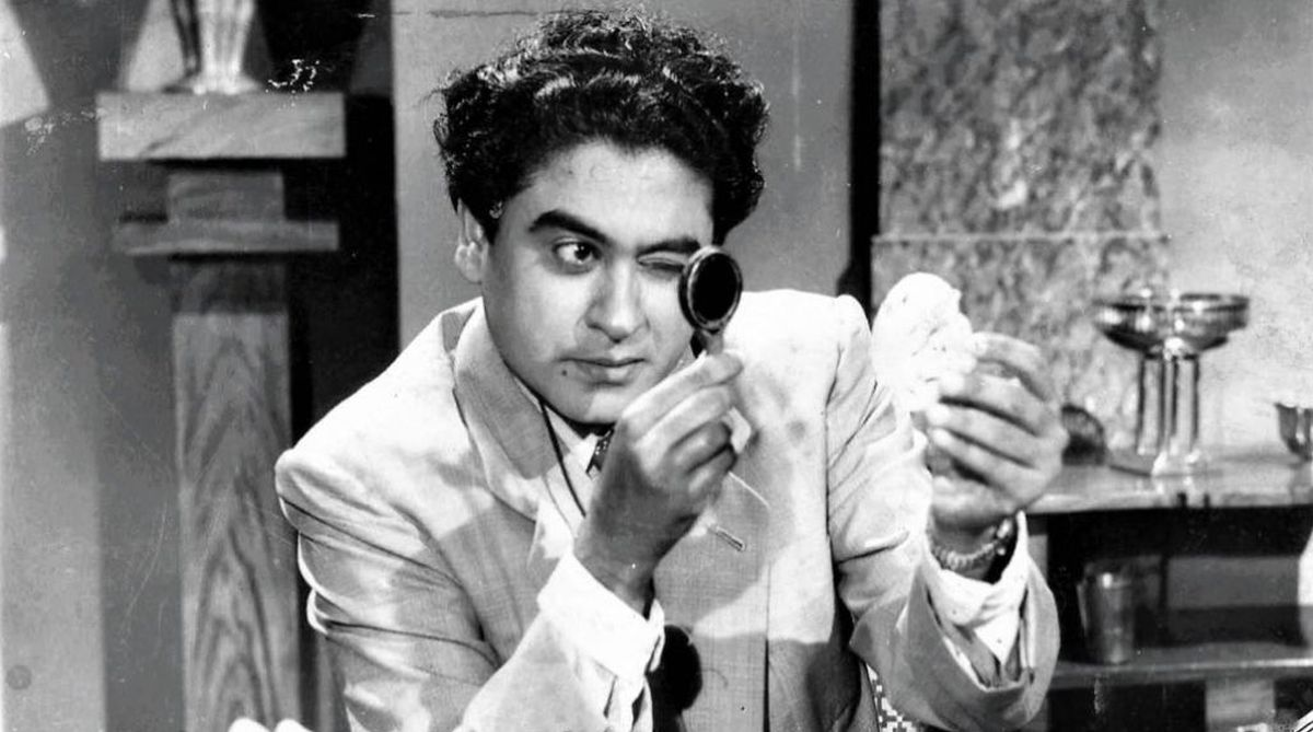 bollywood-ke-kisse-actor-singer-kishore-kumar-faced-income-tax-raid-due-to-this-person-later-take-revenge