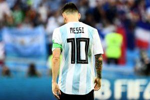 Otamendi returns but Argentina leave out Messi again
