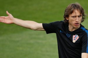 Luka Modric returns to Real Madrid training amid transfer speculation