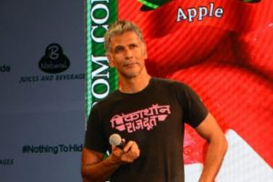 Milind Soman spreads message of fitness on I-Day