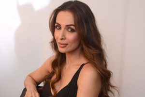 Malaika Arora Khan to feature in Vishal Bhardwaj's Pataakha for a sizzling number