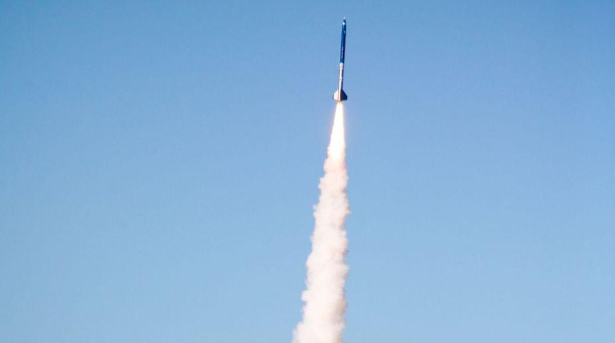 Saudi Arabia intercepts Houthi missile