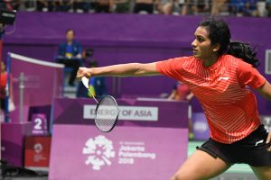 Asian Games: PV Sindhu, Saina Nehwal advance with contrasting wins