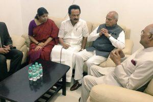 President Ram Nath Kovind visits Karunanidhi in Chennai hospital