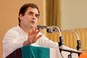 PM Modi's blue-eyed boy in CBI weakened notice against Vijay Mallya: Rahul Gandhi