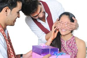 Raksha Bandhan 2018 | Super cool gifting ideas to woo your sister this Rakhi